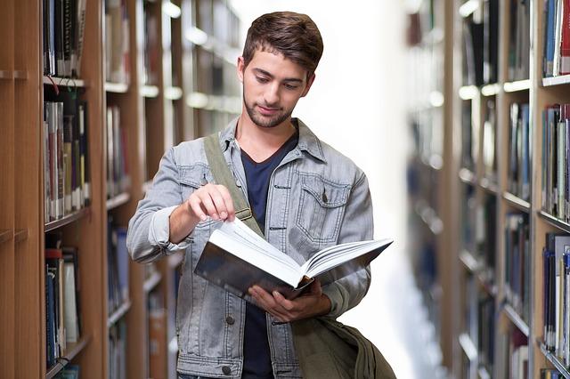 Przeprowadzka po studencku, czyli jak zmienić mieszkanie będąc studentem